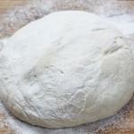 Ciasto na pizzę – przepis podstawowy