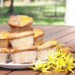 Muffiny bezglutenowe z brzoskwiniami