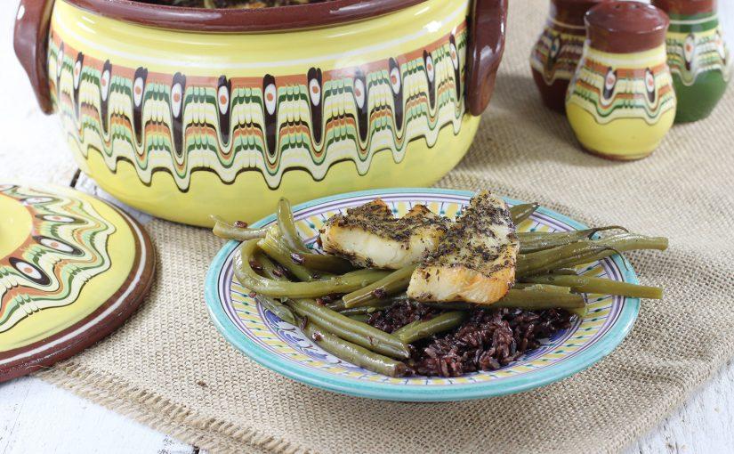 Gjuwecz – halibut pieczony z dzikim ryżem i fasolką